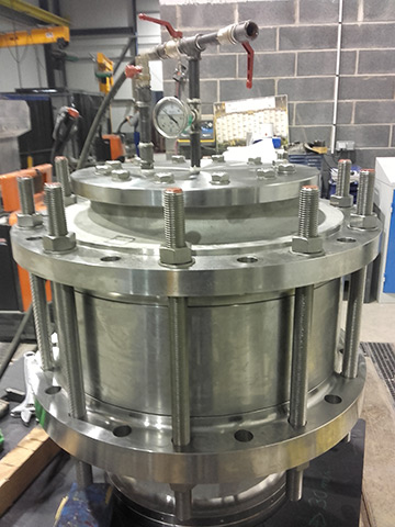 Pressure test on diffuser & suction bell
